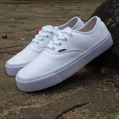 7ab8404c4cf49c Detail Produk Sepatu Vans Women Full White (36-40)