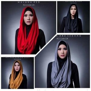 Hijab Malana Pet Antem