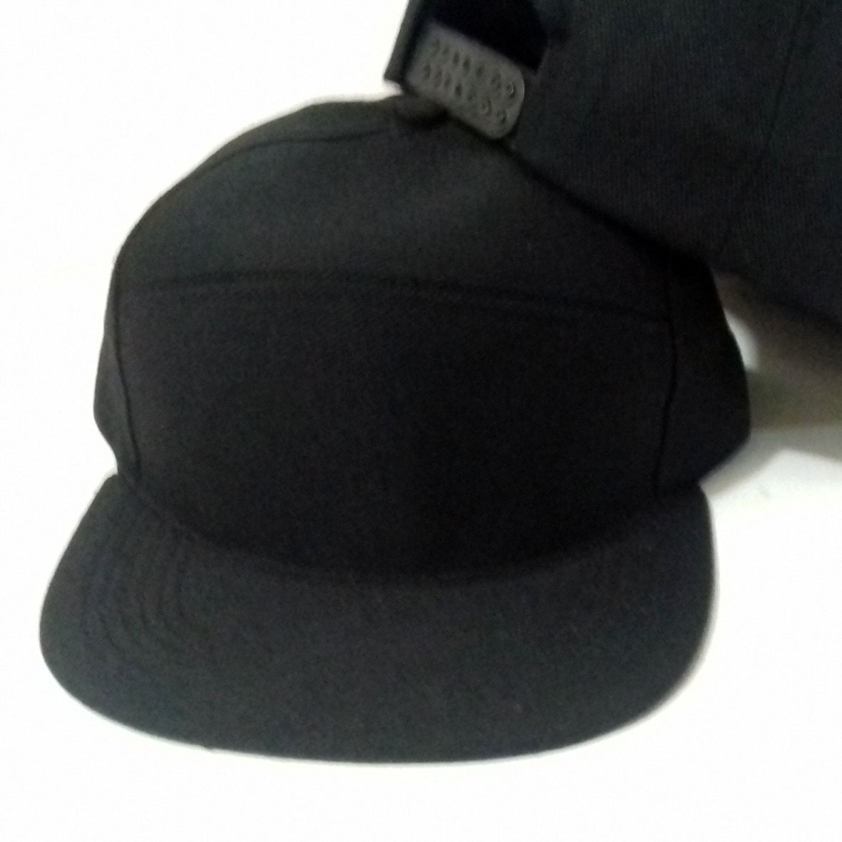 Jual topi snapback polos 5 panel bisa buat sablon dan bordir Diskon ... 168f9adfd9