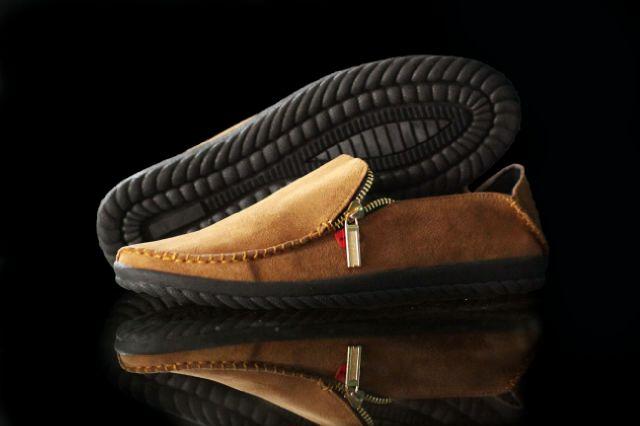 Sepatu Kickers Slop Donkey Tan Suede