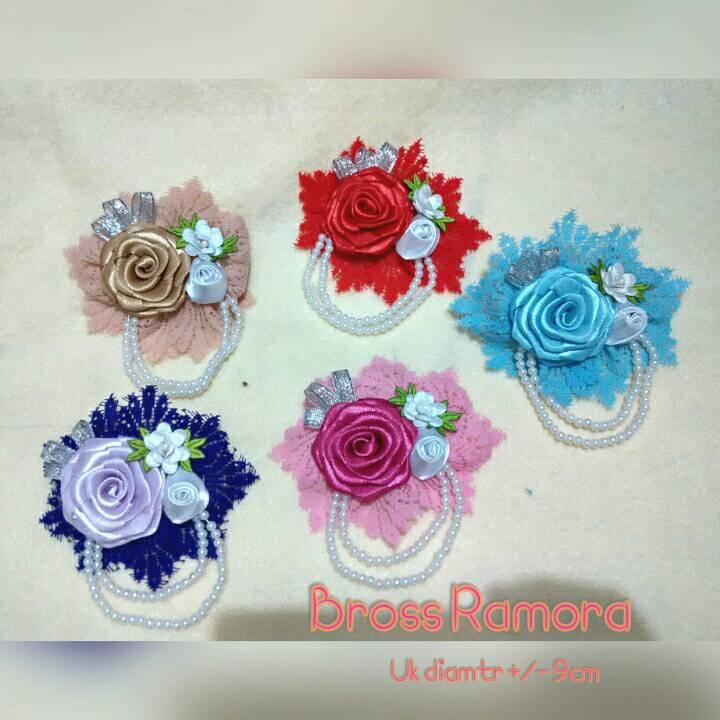 Bross rose Ramora / souvenir pernikahan / handmate hijab