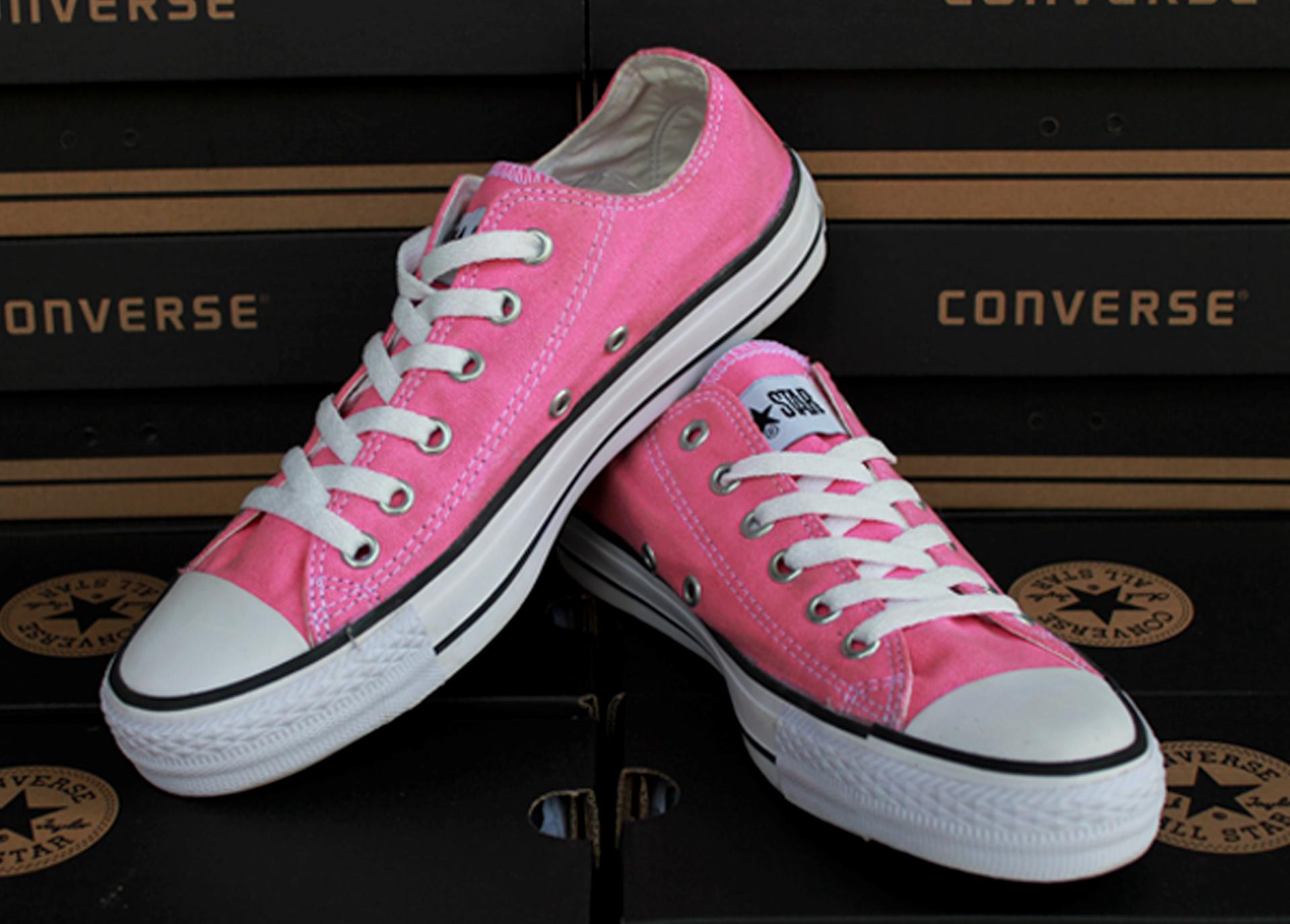 Jual Sepatu Converse All Star Chuck Taylor II Pink (Kets Casual ... 6ee89b9253