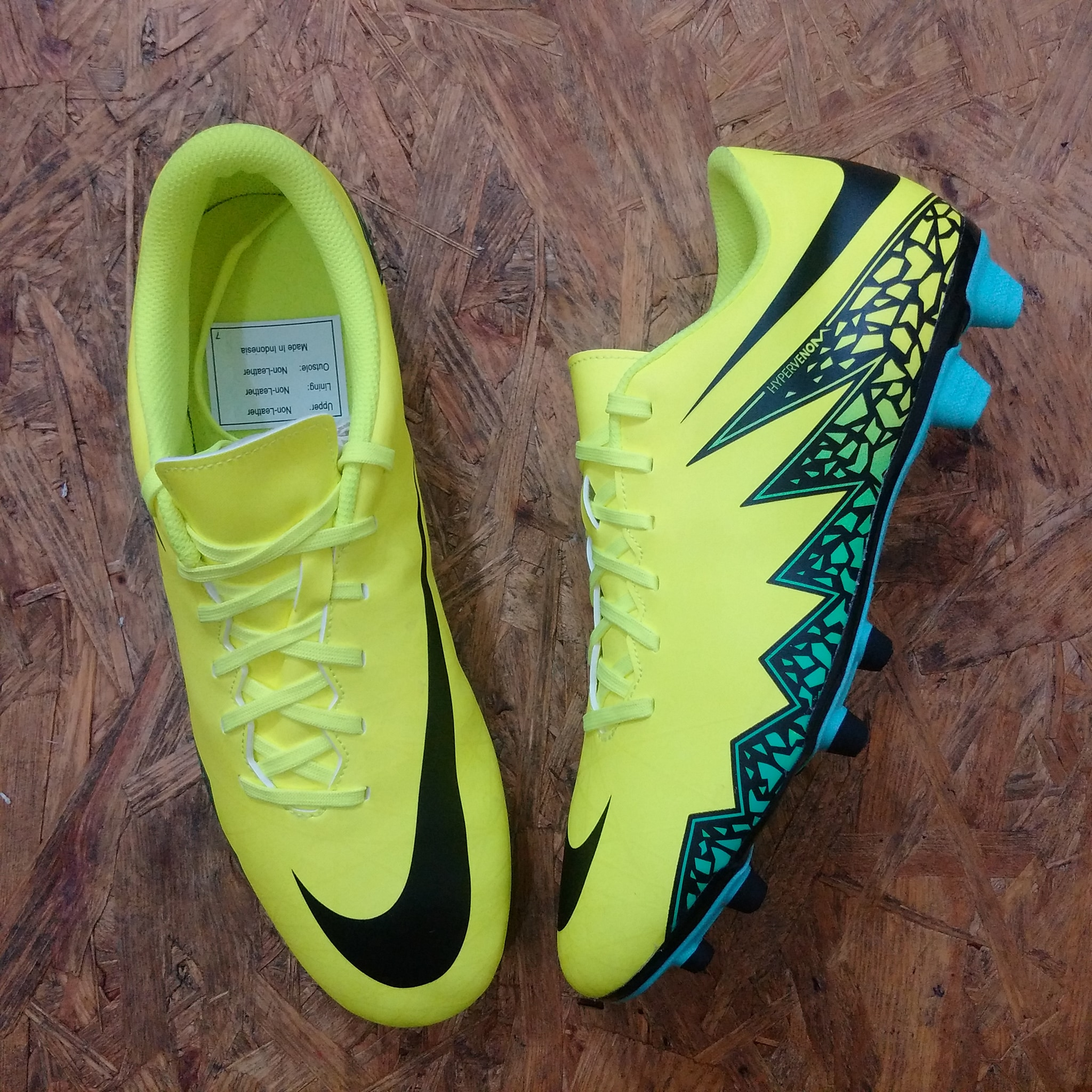 Harga Nike Hypervenom Indonesia Sepatu Futsal Phelon Ii Ic 749898 703 Hijau Bola Original Made In