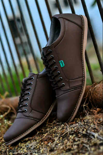 Jual SEPATU PRIA KICKERS CASUAL SAKA -COKLAT - HITAM- - Shoes_Mart | Tokopedia