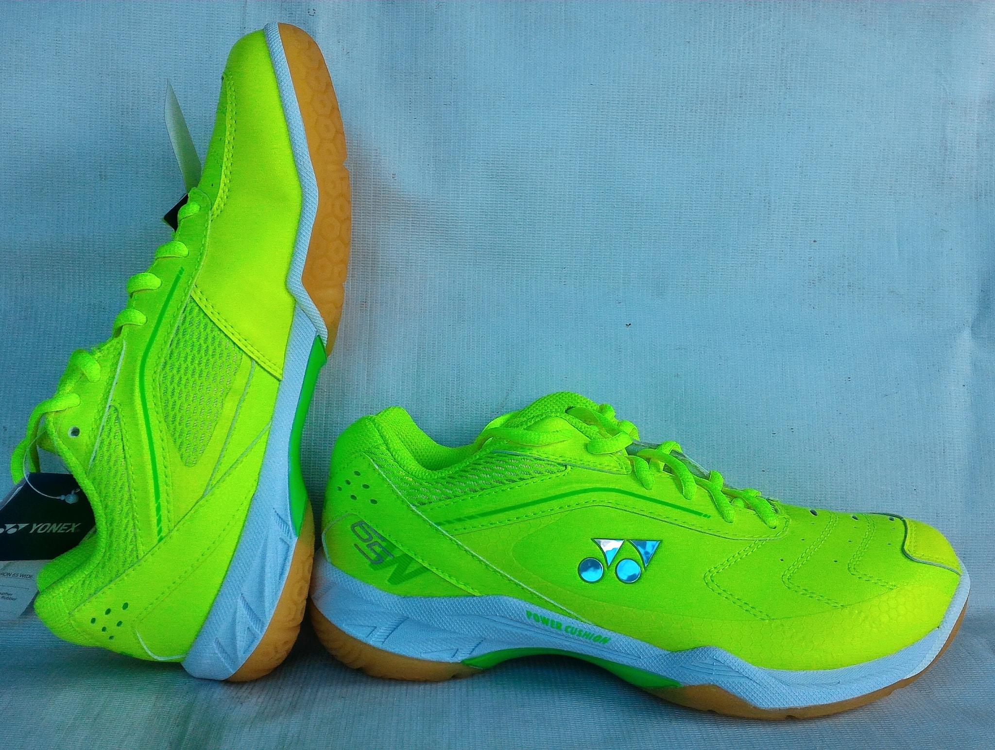 Jual Sepatu Badminton / Bulutangkis Yonex SHB 65 WEX (New