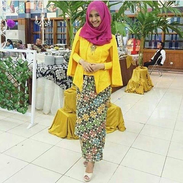 Jual Kebaya Batik Set Keyla / Kebaya Batik Hijab - Grosir Solo Batik ...