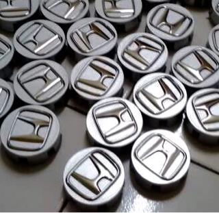 Dop Velg Mobil Honda Warna Silver utk Jazz,Mobilio,Brio dia.5,8cm