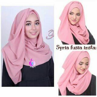 hijab fusia pastan/ kerudung instan/ jilbab simpel
