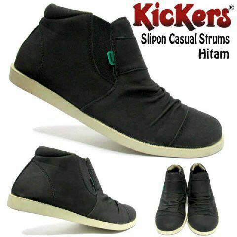 sepatu kickers slip on casual strum hitam