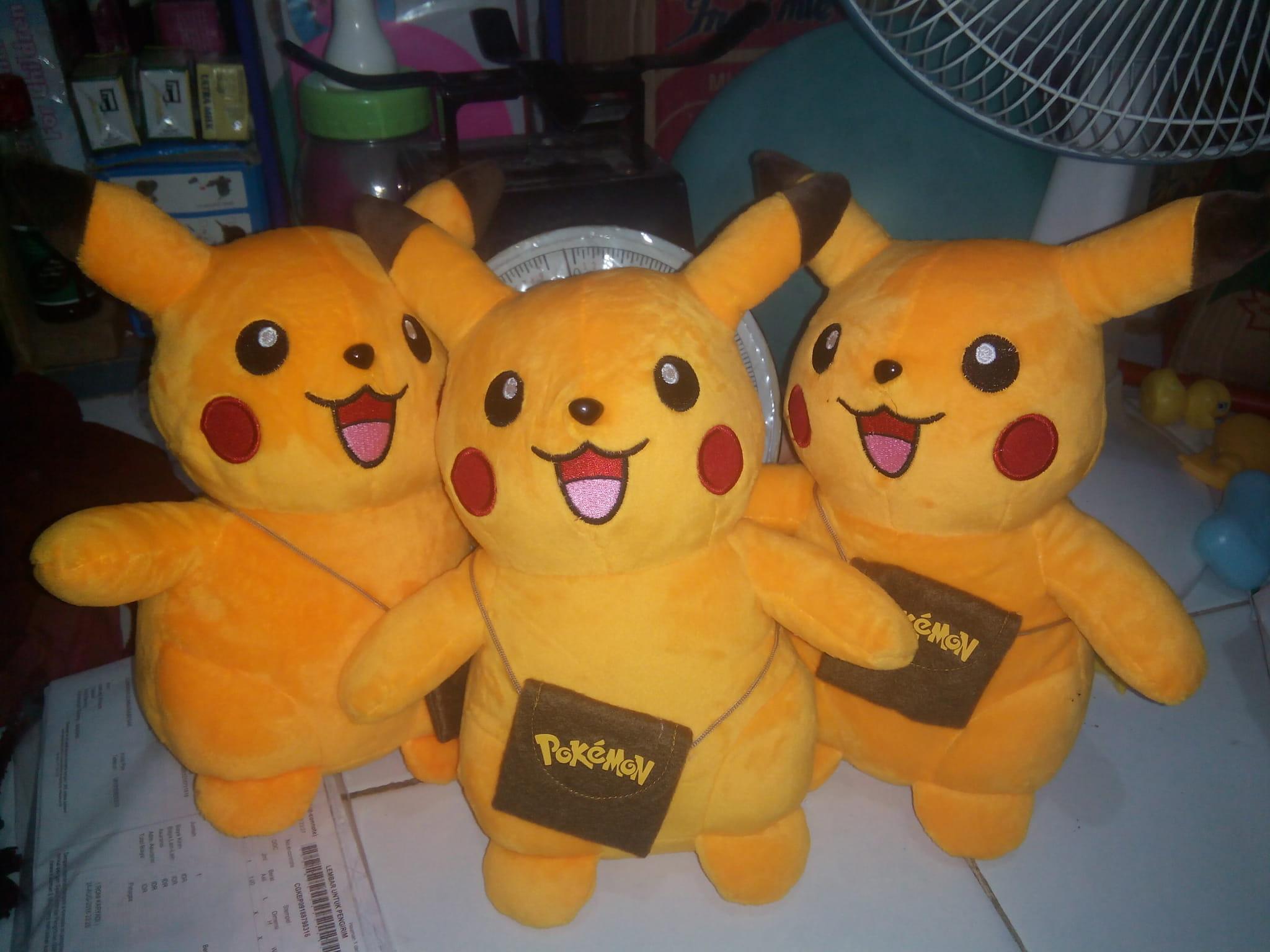 Jual Boneka Pokemon Go Si Pikachu Ada Kantong Ajaib M Ajo Toys Tokopedia