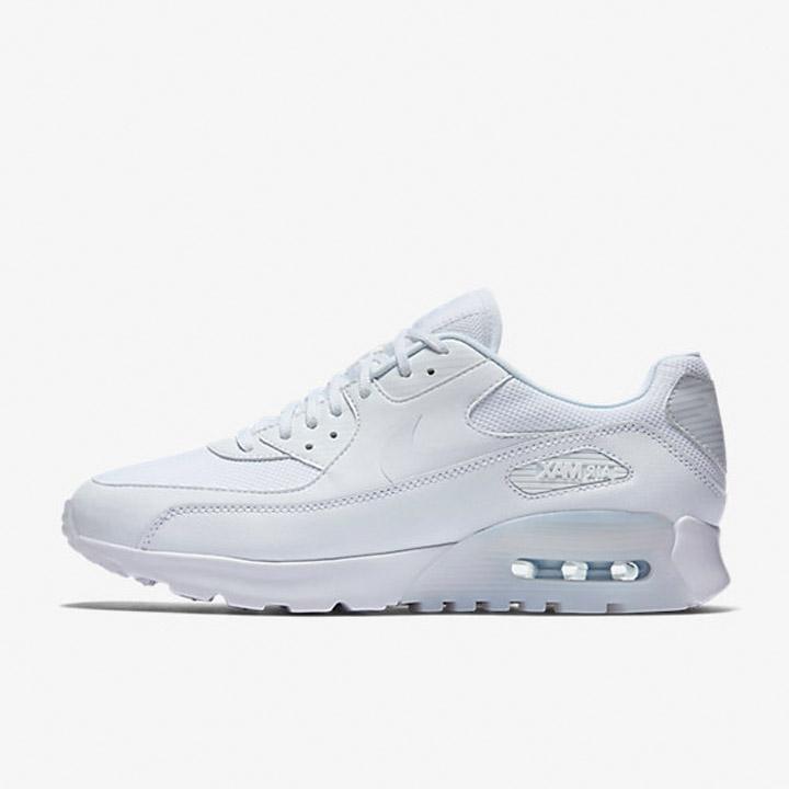 newest c1e68 896c7 Jual Sepatu Casual Wanita Nike Air Max 90 Ultra Essential White Original -  Ncr Sport - OS  Tokopedia