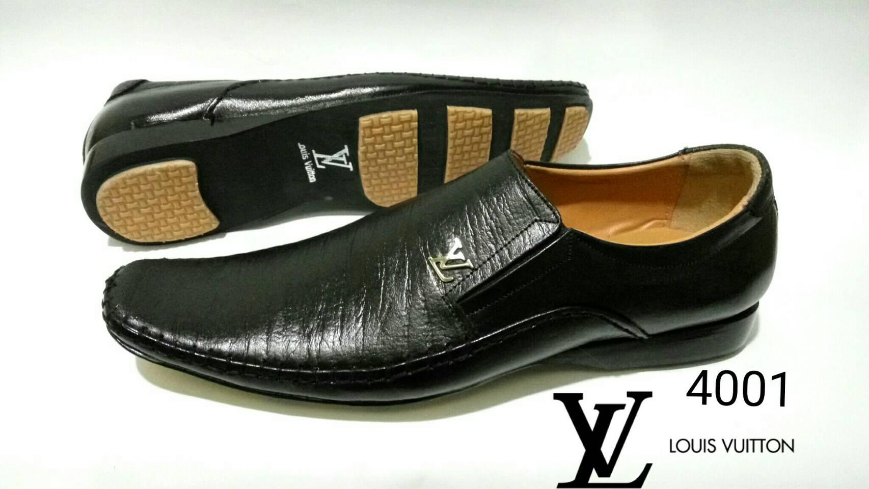 Jual Sepatu Kerja Pria Louis Vuitton 4001 - Socca Shoes  3629bb8d38