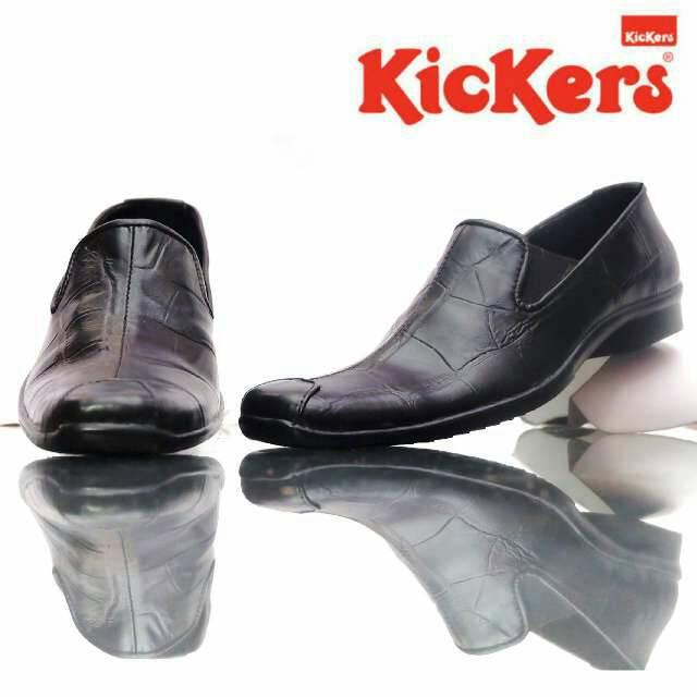 sepatu pantofel kerja kickers reffrain