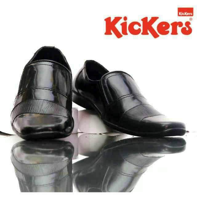 sepatu pantofel kerja kickers rey