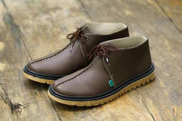 sepatu boot kickers tokin coklat