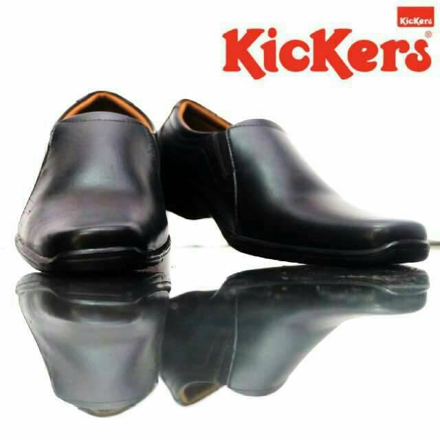 sepatu pantofel kerja kickers symon hitam