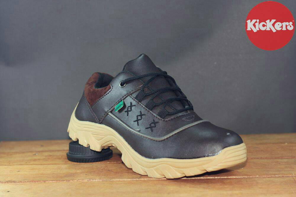sepatu boot kickers low tracking brown