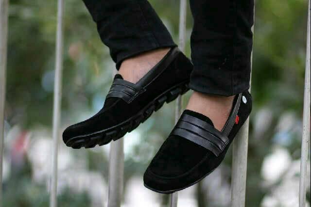 sepatu slop kickers senja black suede