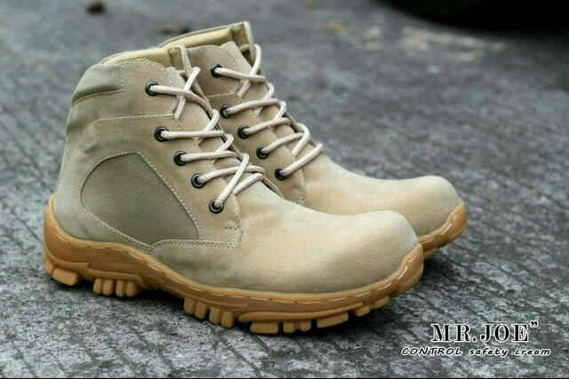 sepatu boot safety mr joe control cream original