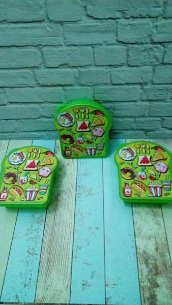 Kotak Makan Anak / Souvenir Ulang Tahun / Food Box Hijau