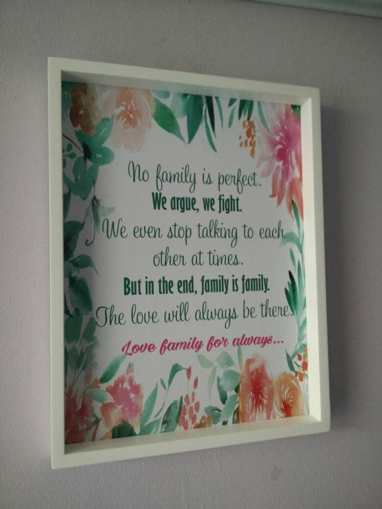 Hiasan Dinding Wooden Poster No Family Is Perfect Shabby Chic Uk 30x40