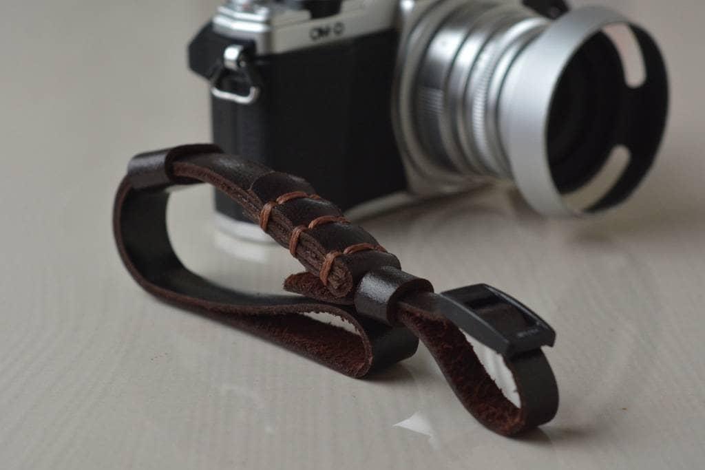 Hand Strap Camera / Tali Kamera / Wrist Strap Camera - Blanja.com