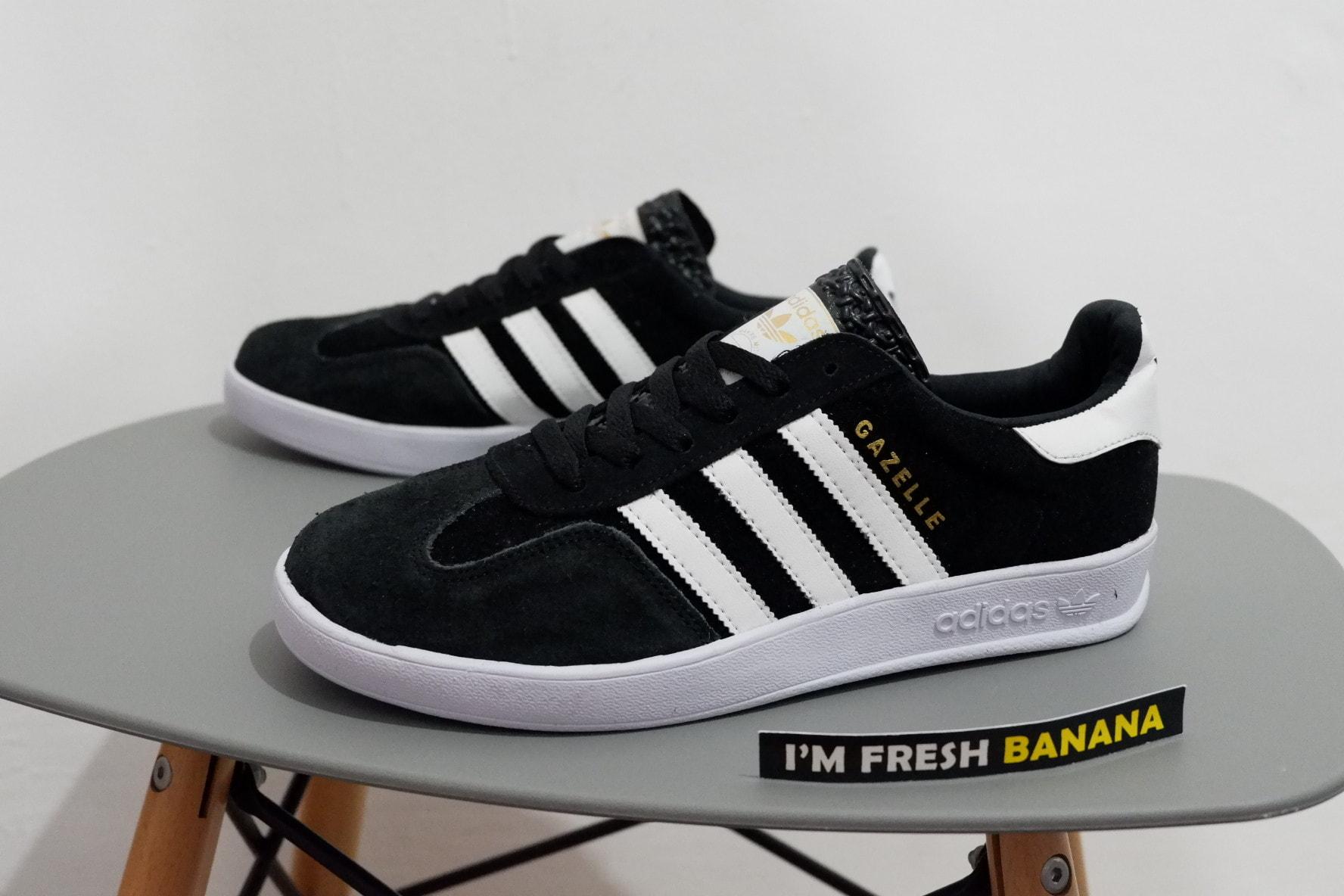 Jual Sepatu Adidas Gazelle OG Classic 2 Indoor Black White Hitam Fresh Banana