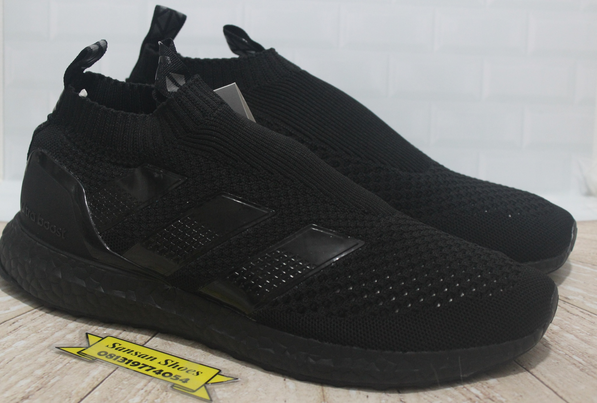cheap for discount a9d28 0ef79 Sepatu Adidas Ace 16 Pure Control Ultraboost Triple Black