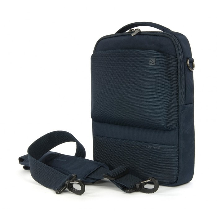 harga Tucano Dritta Vertical Bags For Tab, Ipad 2 & Notebook 10 Inch - Hitam Blanja.com