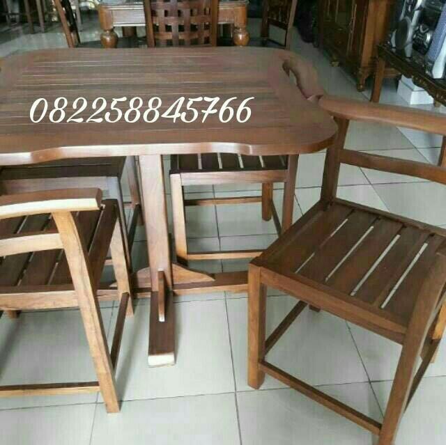 Meja Makan Simple Jati Jepara Untuk Resto Rumah Free Ongkir