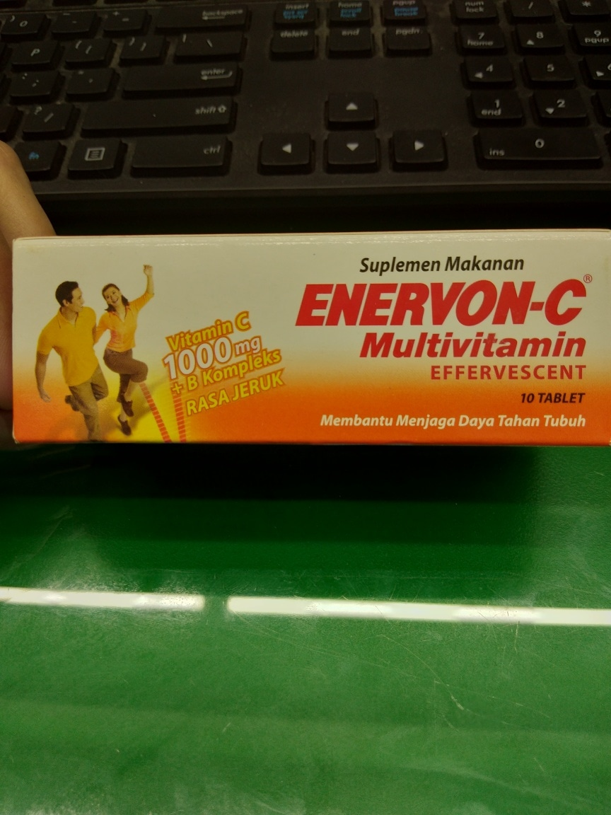 Enervon C Multivitamin Effervescent Isi 10 Tablet