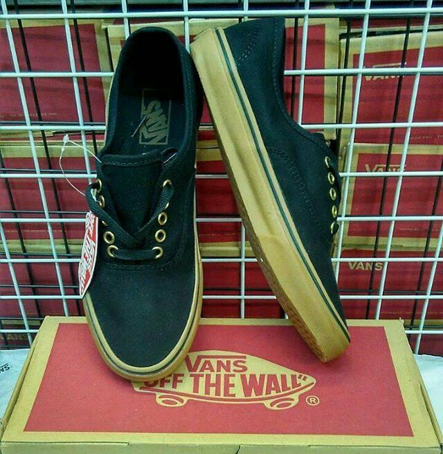 Sepatu Vans Authentic Black Rubber Gum Hitam Brown DT Premium ... d4401cfd28