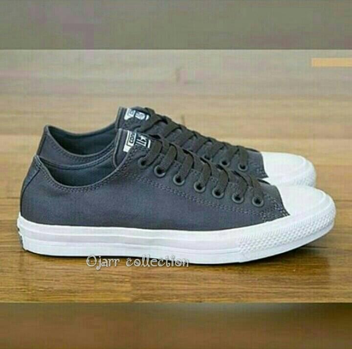 Jual Sepatu Sekolah Kuliah Harian Converse All Star Polos Terbaru ... 72d9fc1b81