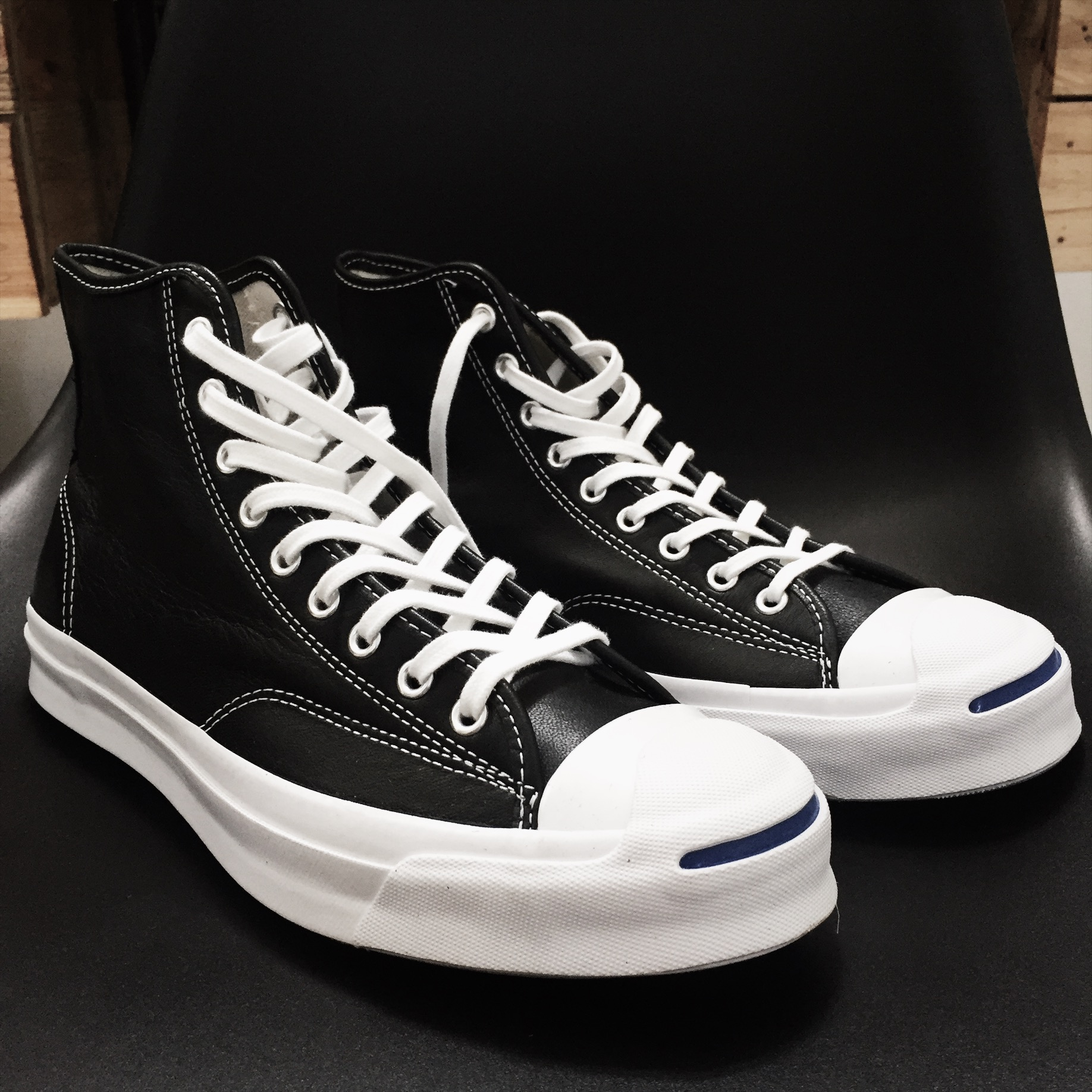 Jual Converse Jack Purcell Signature High (Black white) - Wooze ... 7ed2c42182