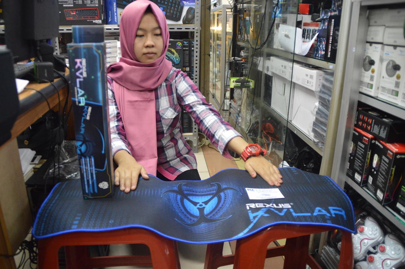 Jual Rexus Gaming Mousepad Panjang Kvlar T1 Control Edition Kernel Komputer Tokopedia