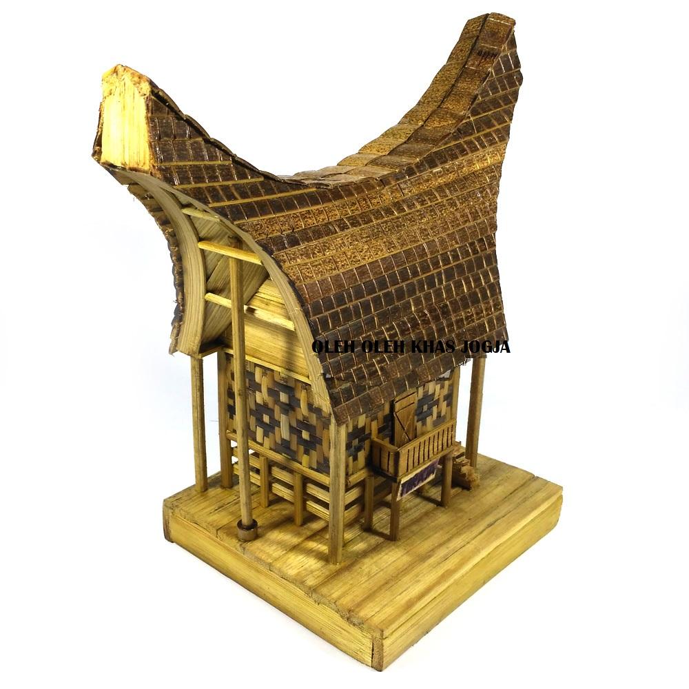 gambar desain bentuk rumah adat toraja penjelasannya