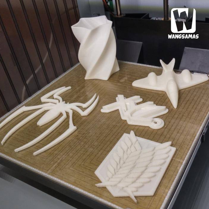 https://www.tokopedia.com/wangsamas/3d-printer-dan-scanner-jadi-1-dalam-davinci-3in1