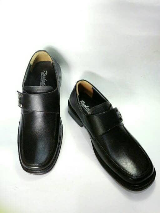 Jual Rasheda Sepatu Pantofel Pria Formal Kulit Asli M 03  0f9a635263