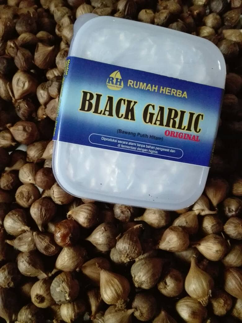 Solo Black Garlic Bawang Hitam Tunggal Lanang 200 Gram 500 65 Butir Putih Source