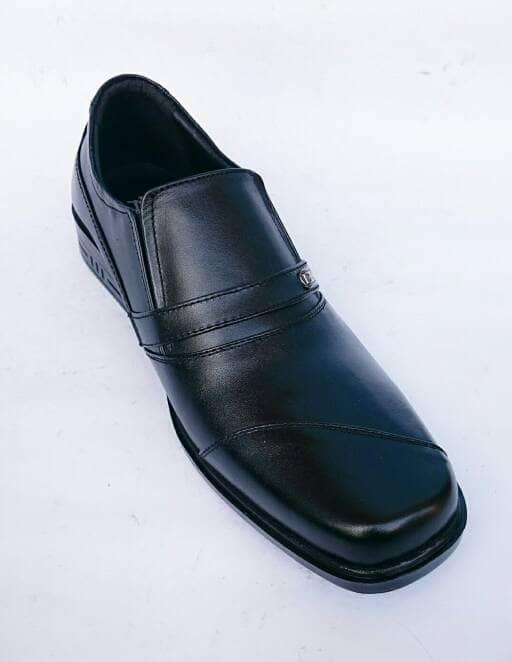 Jual Rasheda Sepatu Pantofel Pria Formal Kulit Asli K 05 Big Size ... 69ea696308