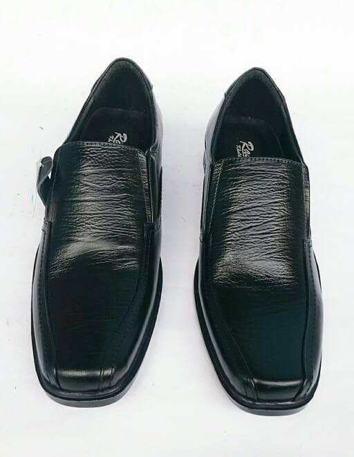 ... Rasheda Sepatu Pantofel Pria Formal Kulit Asli K 11 Big Size -  Blanja.com aa16fd64f4