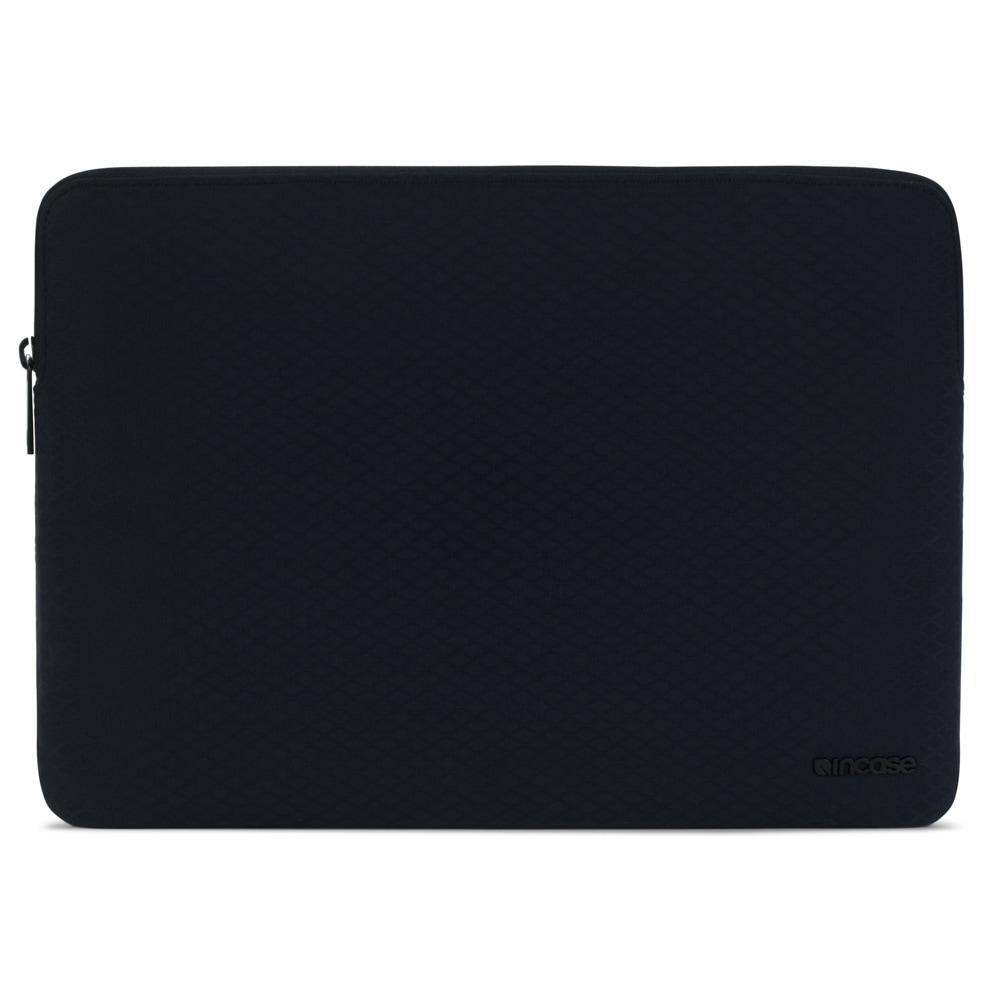Incase Slim Sleeve with Diamond Ripstop for MacBook Air 13