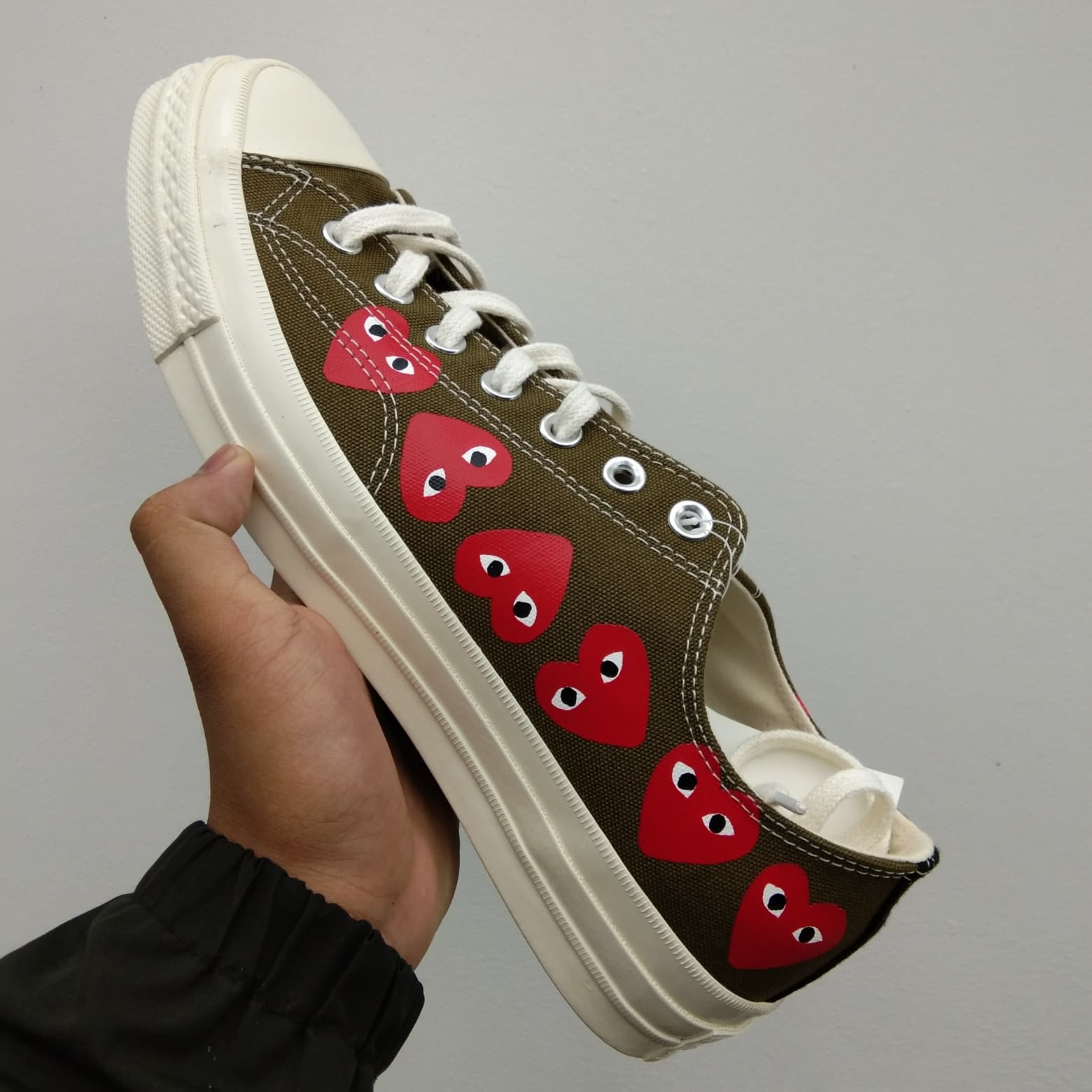 Jual Converse Comme Des Garcons Low White Multi Heart Kota Batam Snkrsflash | Tokopedia