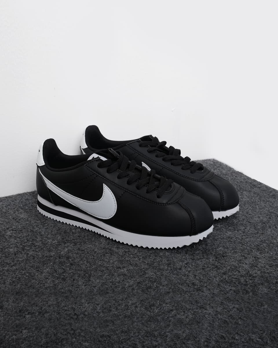 Jual sepatu nike cortez classic black white hitam 41 jualsneakers tokopedia