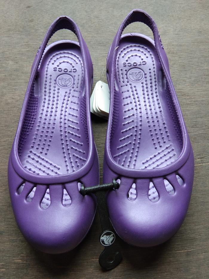 074cf4182842 Jual TERLARIS! Sepatu Karet   Slip On   Sepatu Crocs Malindi ...
