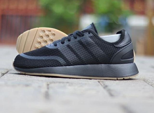 jual sneakers adidas