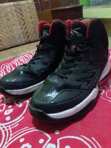 Sepatu Basket Spotec Hornet (Hitam , Merah) Original 100%