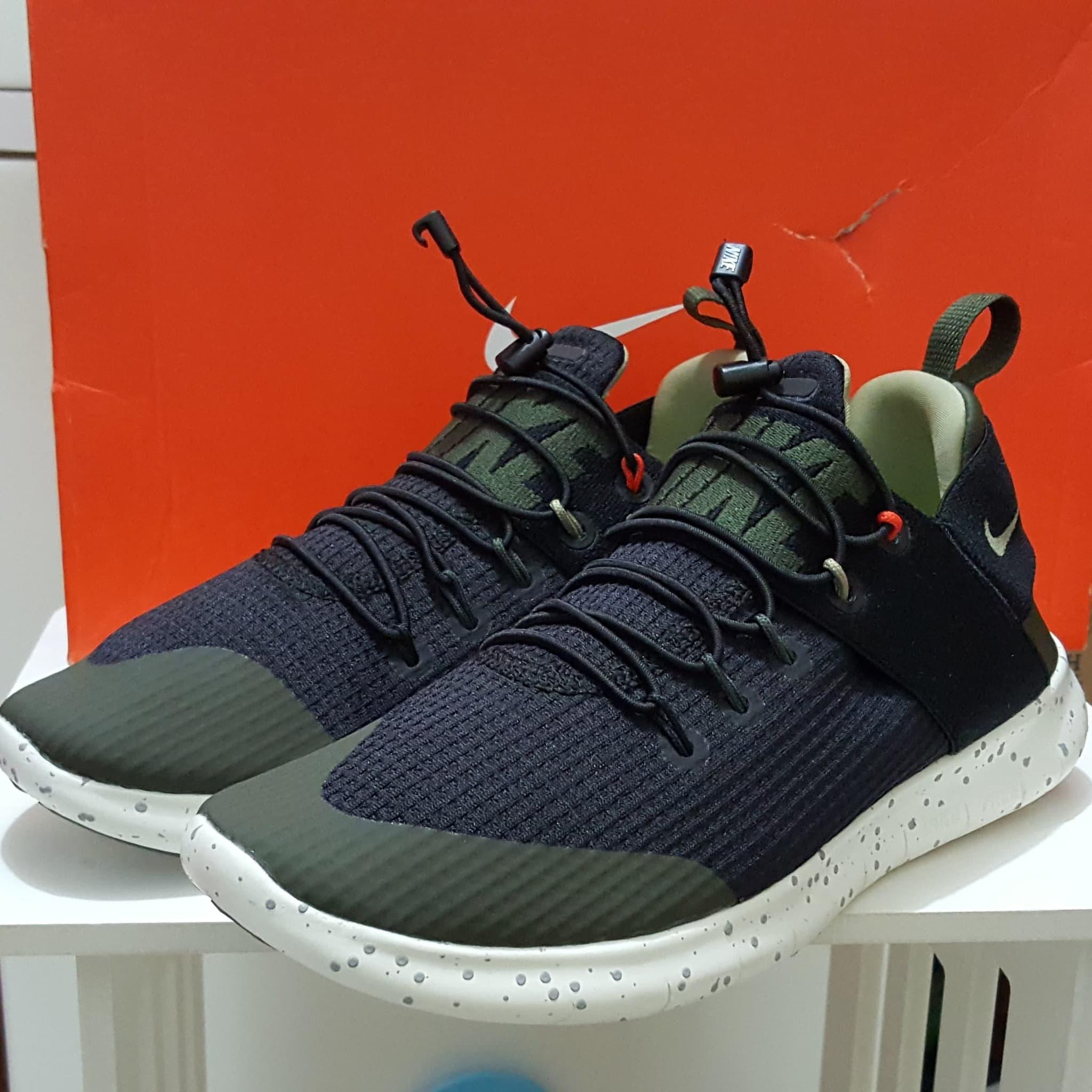 501e1e719b3 Jual sepatu nike free rn commuter 17 utility original untuk cewek ...