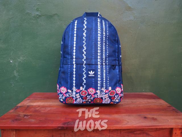 Jual Tas Original Adidas Cirandeira Essentials Backpack AY5893 - The ... 7a92885dbd