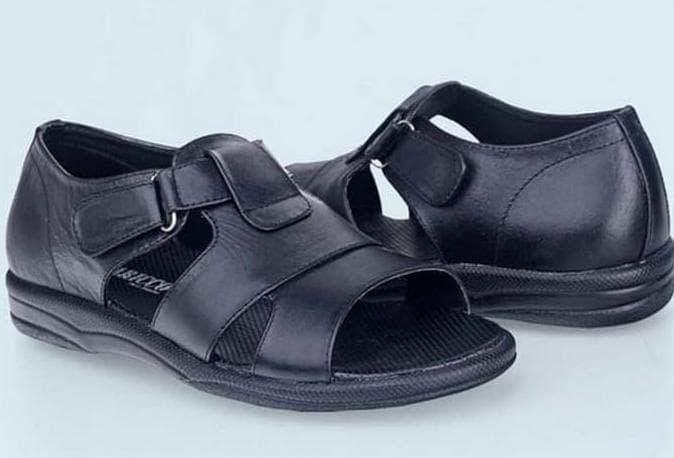 MURAH Sepatu Sandal CasualBustong Pria Kulit Bc 353 - Hitam Murah 86ce2710bd